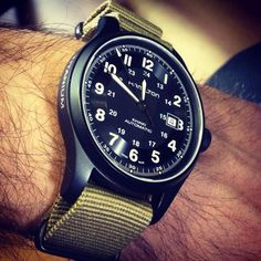 Watches Ideas Hamilton Watch – Titanium Khaki Auto on a Military Nano Discovred by : Todd Snyder Mens Watches Uk, Fossil Watches For Men, Field Watches, Swiss Army Watches, Sport Watches, Dream Watches, Luxury Watches, Cool Watches, Cartier