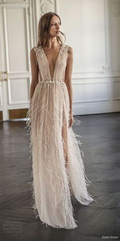 Stein 2018 Wedding Dress Blush Bridal Collection These effortlessly. - womens-fashion - Eisen Stein 2018 Wedding Dress Blush Bridal Collection These effortlessly. Boho Wedding Dress, Wedding Gowns, Wedding Dress 2018, Relaxed Wedding Dress, Hair Wedding, Feather Wedding Dresses, Bridal Dresses 2018, Wedding Dress With Feathers, Wedding Bride