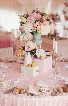 Centros de mesa altos para bodas #wedding #weddingdecor