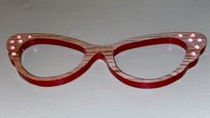 Oak butterfly cateye bicolored with crystals.