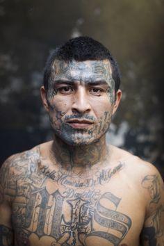 Penas Ciudad Barrios is a maximum security prison for members of the Mara Salvatrucha Gang, or MS, in the South of El Salvador Kopf Tattoo, Chicanas Tattoo, Dark Art Tattoo, Face Tattoos, Badass Tattoos, Body Art Tattoos, Tatoos, Chicano, Ms 13 Gang