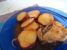 pescada no forno com batata doce e pimentão doce