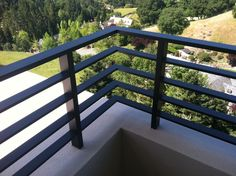 DIY Deck Railing IdeasHaving a deck area is a privilege for those who are lucky enough to own country or beach houses - Porch railing - Garden Deck Exterior Stair Railing, Metal Deck Railing, Front Porch Railings, Modern Railing, Interior Railings, Balcony Railing Design, Staircase Railings, Horizontal Deck Railing, Steel Railing