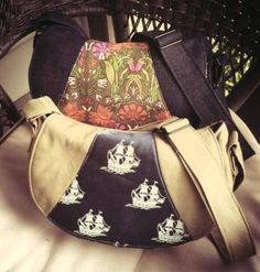 Swoon Rosie Crossbody Bag | YouCanMakeThis.com