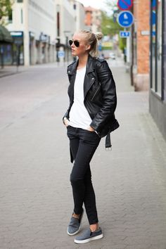 Ellen Claesson Is Wearing A Black Biker Leather Jacket From BLK Denim, WhiteT-Shirt From Bread & Boxers, Black Jeans from Crocker And Grey Slip-On's from Moss Copenhagen Look Street Style, Street Chic, Looks Style, Style Me, Mode Outfits, Casual Outfits, Moda Rock, Look 2015, Mode Inspiration