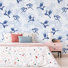 CONGRATULATIONS to @juliafonnereaudesign who has won our competition to find the next designer wallpaper collection 😍 In collaboration with @makeitindesign and as voted for by you, Julia's Georgian/Oriental-inspired designs are simply elegant. Don't miss her full collection on our website! #wallpaper #bedroominspo Wallsauce