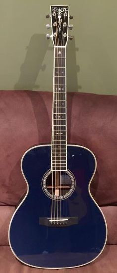 C.F. Martin - Eric Clapton - The Navy Blues - Limited Edition #100/181 Acoustic Guitar