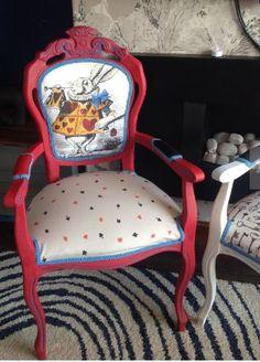alice in wonderland chair #aliceinwonderland http://wallartkids.com/alice-in-wonderland-bedroom-ideas
