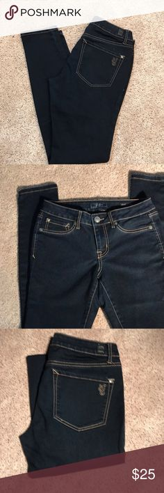 Jeans Jessica Simpson: Kiss me jeggings 28 short dark wash...worn a few times. Jessica Simpson Jeans Skinny