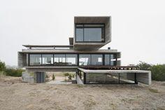 Galería de Casa Golf / Luciano Kruk Arquitectos - 1