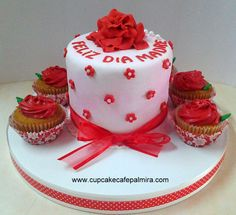 Mother`s day cake and cupcakes