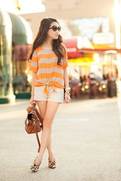 Love how the leopard shoes make the outfit pop.  Wendy's Lookbook