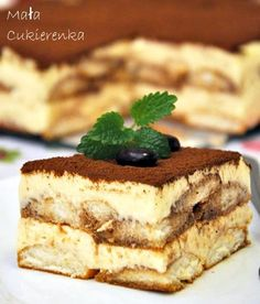 Oryginalne Tiramisu - PRZEPIS - Mała Cukierenka Italian Desserts, Just Desserts, Delicious Desserts, Yummy Food, Yummy Treats, Sweet Treats, Cake Recipes, Dessert Recipes, Kolaci I Torte