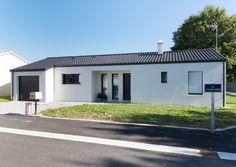 Garage Doors, Outdoor Decor, Home Decor, Kitchen Modern, Modern Mansion, Interior Design, Home Interior Design, Home Decoration, Decoration Home