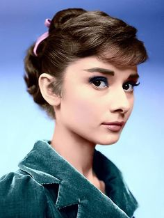 Everything you wanted - needed - to know about Audrey Hepburn. From her films to her personal life, Audrey Hepburn Facts has it all. Classic Hollywood, Old Hollywood, 3 4 Face, Tv Movie, Movies, Portrait, Audrey Hepburn Style, Marlene Dietrich, Fair Lady