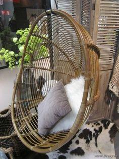 "Lifestyle94-Lifestyle Davis Hanging Chair 125418 <span style=""font-size: 6pt;""> hangstoel-hangzetel-schommelstoel-chaise-suspendue-oeuf-hanging-chair-egg-stuhl-haengend-Haengesessel </span>"