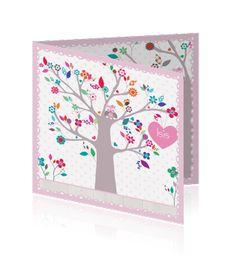 Nieuw online: Witte hippe geboortekaart voor een dochter. Op de kaart staat en boom met vrolijk gekleurde bloemen en ook staan er vogels en een uil op de kaart.  Te bestellen op: http://mycards.nl/geboortekaartjes/hippe-geboortekaartjes/