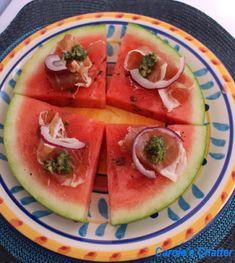 fruit/desert pizza with watermelon instead of breading! Basil Recipes, Pizza Recipes, Snack Recipes, Snacks, Pizza Style, Love Pizza, Watermelon Pizza, Watermelon Ideas, Tasty Bites