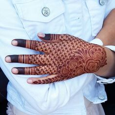 Indian Henna Designs, Rose Mehndi Designs, Henna Art Designs, Modern Mehndi Designs, Mehndi Design Pictures, Mehndi Designs For Girls, Wedding Mehndi Designs, Dulhan Mehndi Designs, Beautiful Henna Designs