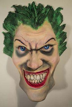 Aspris Visual Art is offline Scary Clowns, Clay Art, Sculptures, Pottery, Superhero, Cards, Ceramica, Sculpting, Superheroes