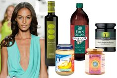 Homemade Hair Treatments - Foods For Healthy Hair - wanda diazlee - Baby Foods Natural To Relaxed Hair, Natural Hair Care, Natural Hair Styles, Natural Beauty, Caramel Hair Treatment, Diy Hair Moisturizer, Homemade Hair Treatments, Scalp Treatments, Banana Baby Food
