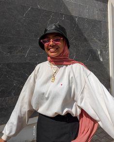 Modern Hijab Fashion, Modesty Fashion, Street Hijab Fashion, Hijab Fashion Inspiration, Muslim Fashion, Casual Hijab Outfit, Casual Outfits, Fashion Outfits, Hijab Style Tutorial
