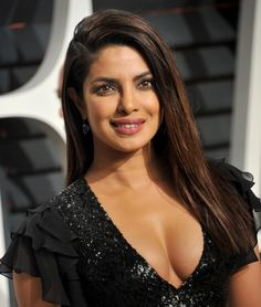 Priyanka Chopra cutest bollywood tempting insane beauty face unseen latest hot sexy images of her body show and navel pics with big cleavage. Indian Celebrities, Beautiful Celebrities, Most Beautiful Women, Female Actresses, Indian Actresses, Priyanka Chopra Hot, Olivia De Havilland, Indian Beauty Saree, Jolie Photo
