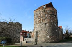 Mediaeval South East Tower. - Castles for Rent in Norfolk, England, United Kingdom Museum Cafe, Time And Tide, Great Yarmouth, Travel Dating, Free Park, St Helena, Basement Flooring, House Beds, Entrance Doors