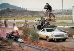 BEHIND THE SCENES . Check out this behind the scenes pic of the filming of the train scene in Back To The Future. Kyoto, Destinations, Destination Voyage, Jokes For Kids, Back To The Future, Classic Movies, Locomotive, Movies Online, Belle
