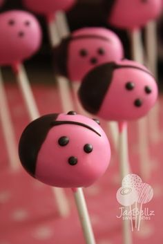 Pink Lady bugs cake pops. So have to make these one day!!! What a cute shower/ birthday idea for a girl!!