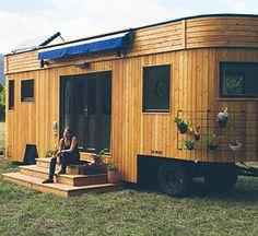 Wohnwagon von außen, Wohnwagon, natürlich leben, autark leben, nachhaltig