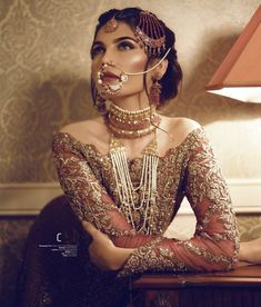 The Royal Bride look Pakistani Bridal Jewelry, Pakistani Wedding Dresses, Pakistani Outfits, Indian Dresses, Indian Outfits, Pakistani Hair, Asian Bridal Jewellery, Indian Bridal Wear, Pakistani Couture