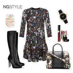 Soğuk kış günlerinde #ngstyle floral desenli elbiseyle sıcak bir bahar esintisi...  #moda #trend #fashion #fall #winter