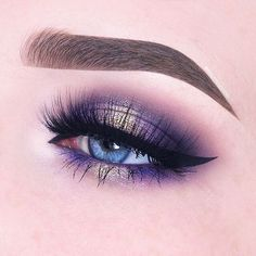 @beautycloudnl used our Performance Eyes Kit to achieve this stunning look. Shop these essential brushes for 30% off at the link in bio. // #SigmaBeauty #SigmaBrushes