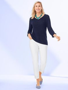Shop Talbots for modern classic women's styles. You'll be a standout in our Scallop-Hem Denim Slim Ankle - White - only at Talbots! Business Casual Outfits, Business Attire, Office Outfits, Modest Outfits, Fall Outfits, Summer Outfits, Niki Taylor, Over 50 Womens Fashion, Classic Style Women