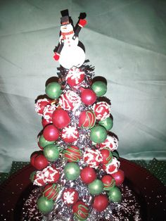 Christmas Cake pop tree centerpiece (my friend Michelle's amazing cakepops)