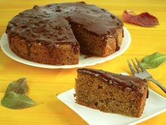 Šťavnatá orechová torta - Zo srdca do hrnca Banana Bread, Healthy, Healthier Desserts, Food, Meals, Health, Yemek, Eten