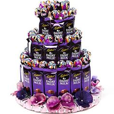 Men love chocolates but women crave chocolates! Sometimes they love chocolates more than their men! Chocolate Pack, Dairy Milk Chocolate, Chocolate Gifts, Love Chocolate, Chocolate Lovers, Dairy Milk Silk, Chocolate Flowers Bouquet, Candy Bouquet Diy, Candy Arrangements