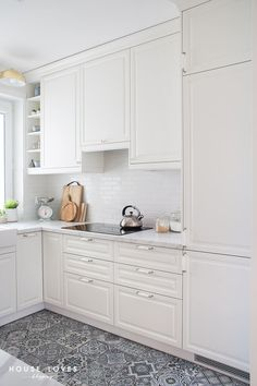 Bodbyn, Sweet Home, Kitchen Cabinets, Dining Room, Interior, Kitchen Ideas, Kitchens, House, Home Decor