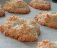 ...almond macaroons...Cooking in someone else's kitchen