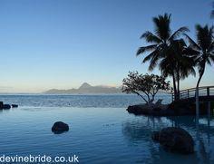 New Post! A tropical Tahiti wedding  Sunset vows w/ this view! See more on devinebride.co.uk link in bio  #realwedding #destinationwedding #sunsetwedding #sunset #tahiti #borabora #moorea #paradise #palmtrees #wanderlust #dreamwedding #tropical #tropical #luxurytravel #honeymoon #travelpics #travelgram #ig_travel #luxlife #travelblogger #letsgoeverywhere #jetset #weddingblog #weddingblogger #weddingtasker #weddingplanner #devinebride