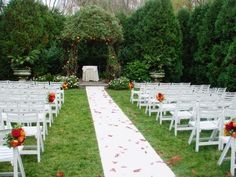 My dream wedding is to have the Secret Garden feel.
