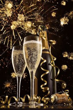 New-Years-champagne glasses-and fireworks Happy New Year Gif, Happy New Year Images, Happy New Year Greetings, New Year Wishes, Birthday Wishes, Happy Birthday, New Year 2018, Quotes About New Year, New Year Celebration
