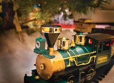 Holiday Train Exhibit. On view through December 31, 2016. America On Wheels Museum, Allentown, Pennsylvania www.americaonwheels.org  Enjoy the sounds and action of many model trains stationed around the museum's galleries. Click here for special event dates and times: http://americaonwheels.org/holiday-train-exhibit/ Image courtesy America on Wheels Museum