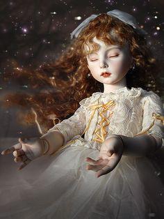 koitsukihime doll : 夢の眠りⅣ (1998) Cliel sculpt. Types Of Fairies, Digital Art Anime, Enchanted Doll, Most Famous Artists, Valley Of The Dolls, Pandora Hearts, Living Dolls, Creepy Dolls, Japanese Artists