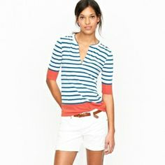Super cute top. It's the reverse if the color block and striped sweater I already have!