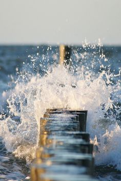 I LOVE LOVE LOVE the crash of waves! I LOVE the sight, smell & sound of the sea! It speaks to my heart & calms my spirit.