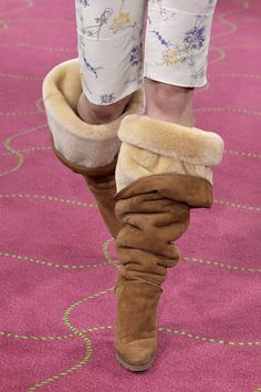 OTK Uggs, Off-White's latest collab with Nike, and more. Furry Boots, Cute Boots, Sexy Boots, Shearling Boots, Leather Boots, Ugg Style Boots, Doc Martens Boots, Vegan Boots, Long Boots