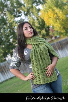 Loom knit Friendship Shawl. Free pattern.