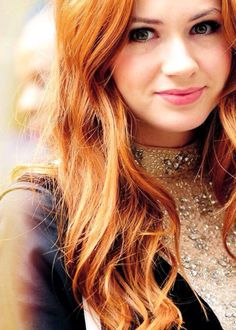 Karen Gillan, Amy pond - the girl who waited Karen Gillian, Karen Sheila Gillan, Karen Gillan Doctor Who, Strawberry Blonde Hair Color, Amy Pond, Beautiful Redhead, Madame, Beautiful Actresses, Beautiful Celebrities